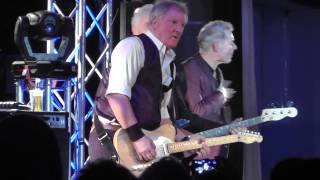 Dr. Feelgood - Down At The Doctors - Rock & Blues Butlins - Skegness England 2015