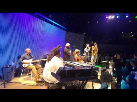 Terrace Martin improv final song in San Francisco