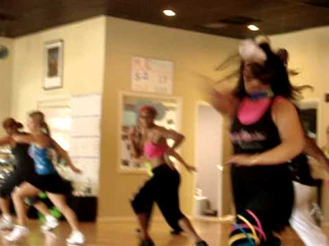 1 ZUMBA LEVADA BRASILEIRA WITH LIZ ZUMBA – CAPOEIRA SAMBA IN THE USA