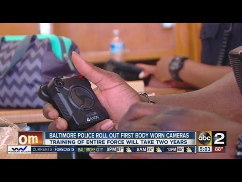 Baltimore Police begin issuing body cameras