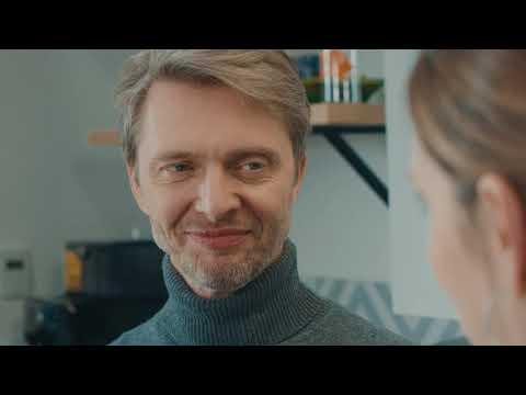 """""""Nie palę, bo..."""" - film instruktażowy z Grzegorzem Kowalczykiem - jak przygotować sok?"""