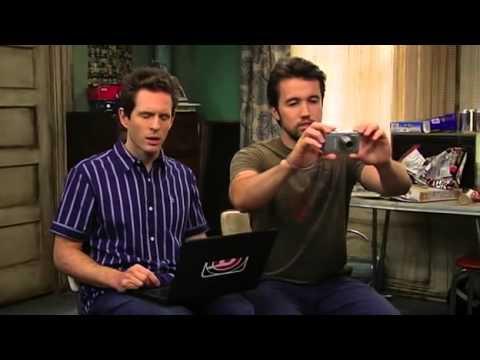 Charlie Milk Steak - It's Always Sunny in Philadelphia (S05E05)