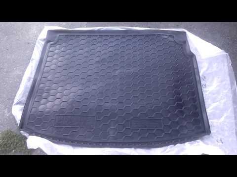 Коврик в багажник RENAULT Megane III универсал с 2010 г. AVTO GUMM полиуретан