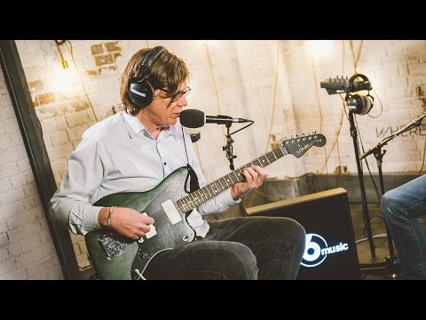 Thurston Moore performs 100% by Sonic Youth (6 Music Live Room Session)
