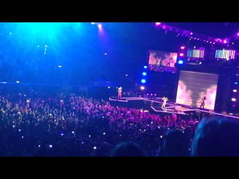 We Day UK - Sam and the Womp live