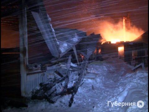 Пожар уничтожил мебельный цех в Железнодорожном районе.MestoproTV