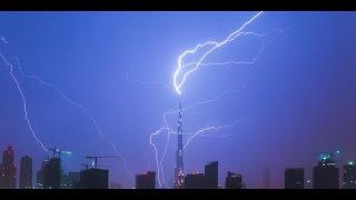 Dubai Burj Khalifa ThunderStorm UAE Climate Change !