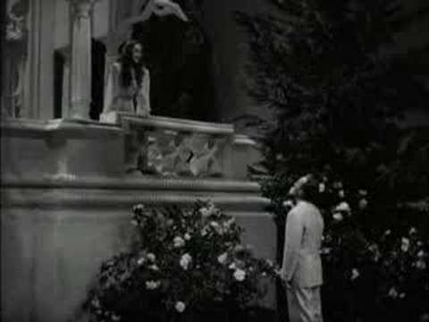 Bing Crosby - Moonlight Becomes You