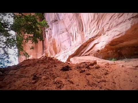 Hiking Escalante River Trail
