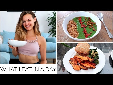 28.  WHAT I EAT IN A DAY | Niomi Smart