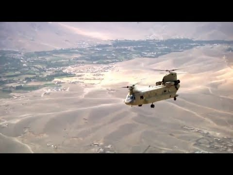 Chinook Helicopter Over Afghanistan - Great Aerial Footage of CH-47 Chinook
