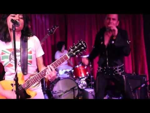 El Vez + Schitzophonics + Diana (Bar Pink) - 1/2