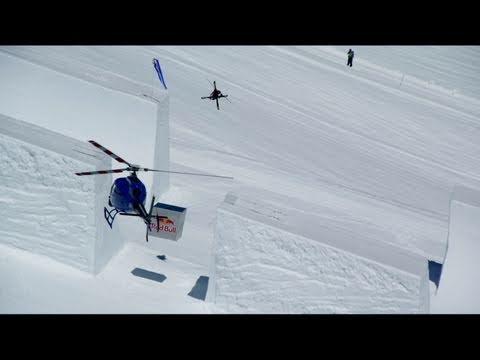 Simon Dumont's custom half-pipe - Red Bull Cubed Pipe
