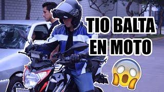 TIO BALTA SE SUBE A MOTO