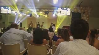 Viejo laurel sabanero en vivo por LUIS BALTA