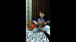Anak kampung ukulele cover by aryanna alyssa