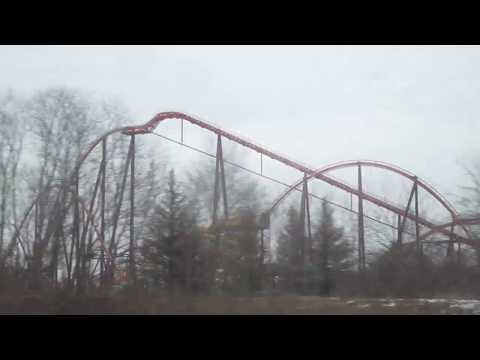 Passing Six Flags Great America and Great Wolf Lodge Gurnee, IL 2-17-18