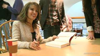 Susan Lucci meets her Long Island fans