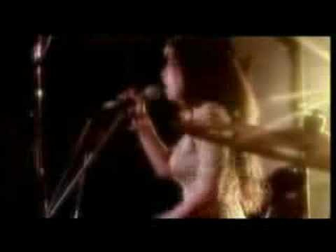 Amy Winehouse - You Sent Me Flying (Live) music