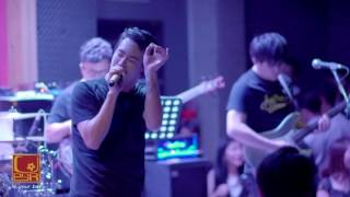 Aof Pongsak Medley Part 2 @ U-BAR UBON