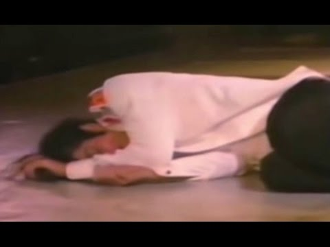 Rare Footage! Michael Jackson Collapses Live on Stage due to Exhaustion