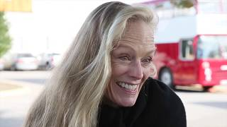 Suzy Amis Cameron talks book, healthy living