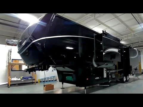 the-best?-crazy-nice-luxe-elite-fifth-wheel-rv!
