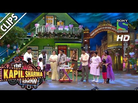 Thumbnail: Pink Dahi Handi Meets Govinda - The Kapil Sharma Show -Episode 20 - 26th June 2016