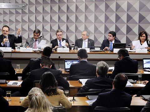 Três ministros fazem a defesa de Dilma na Comissão Especial do Impeachment