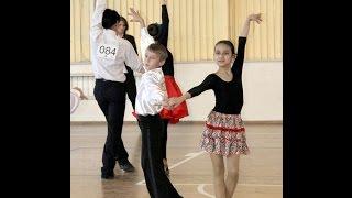 [Конкурс талантов УлГУ 2016] Туркменский танец(Подписывайтесь на мой канал https://goo.gl/eJp1bG ☞ Полное выступление конкурса талантов иностранных студентов..., 2016-04-10T08:01:30.000Z)
