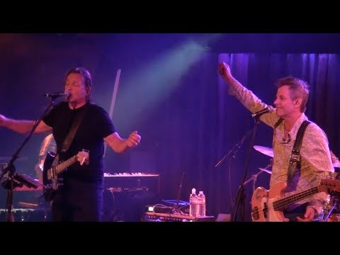 TOMMY CASTRO & the PAINKILLERS  Shakin The Hard Times Loose @ Belly Up  Solana Beach, CA