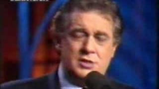Placido Domingo sings Perfidia & Yo vendo unos ojos negros