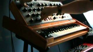 Doctor Who Theme Tune on Minimoog by Hyperdust