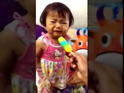 Bayi Makan Es Krim Penjelasannya