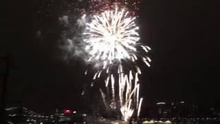 2016年07月04日アメリカ独立記念日、ニューヨークのイーストリバーでの...