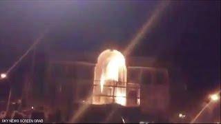 إيرانيون يهاجمون السفارة السعودية في طهران