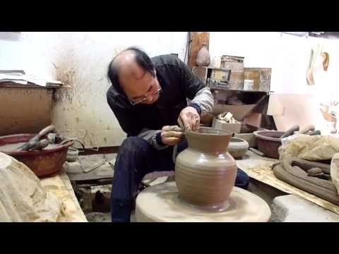 Gyeongju Folk Craft Village pottery workshop