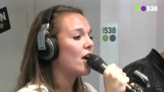 Radio 538: Hermes House Band - I Will Survive (live bij Evers Staat op)