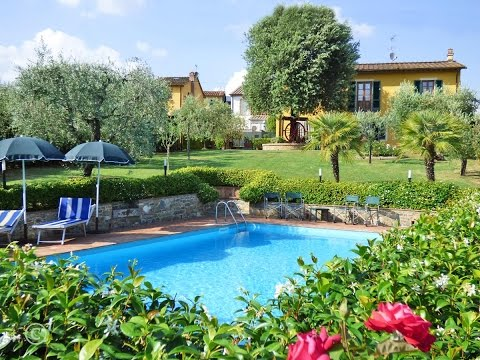 Tuscany villa rentals near Lucca, Tuscany. Holiday home with private pool. Campanaro