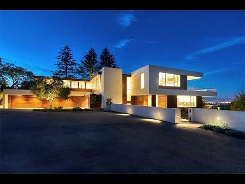 Iconic Modern Home In Los Altos Hills California