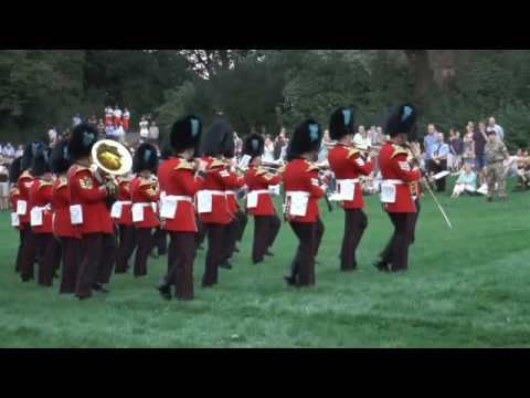 THE BAND OF THE IRISH GUARDS Bielefeld Sparrenburg Castle