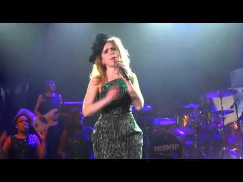 The Amazing Paloma Faith - Love Only Leaves You Lonely - Sherwood Forest - 15 th June 2013 mp3