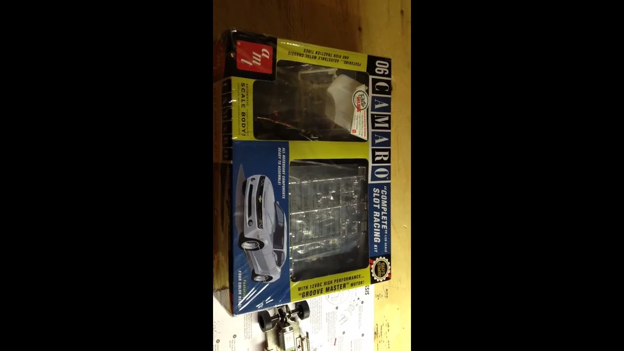 AMT 1/25 scale slot car model kit unboxing and inspection