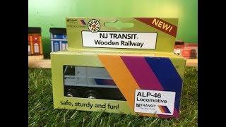 開封 米国 ニュージャージー・トランジット  ALP-46機関車 木のおもちゃの列車 (03743 jp)