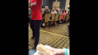 RUTH CONNELL HANDS MY MOM COOKIES AT JAXCON 2016