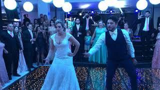 A melhor dança dos noivos Raissa e Jonathan. Casamento