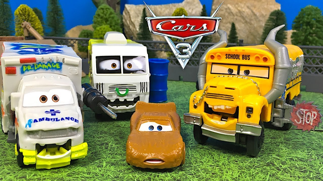 Demo Chomp Mcqueen Dr Arvi Derby Damage Persiguen Cars 3 And A Miss Fritter Rayo Chase rdthQCsx