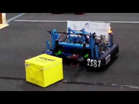 "Discobots 2587 Robot Reveal - ""Flipside"""