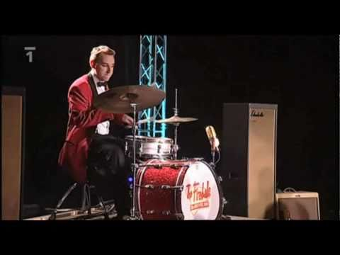 The Fireballs v Manéži Bolka Polívky - Rock-a-Beatin