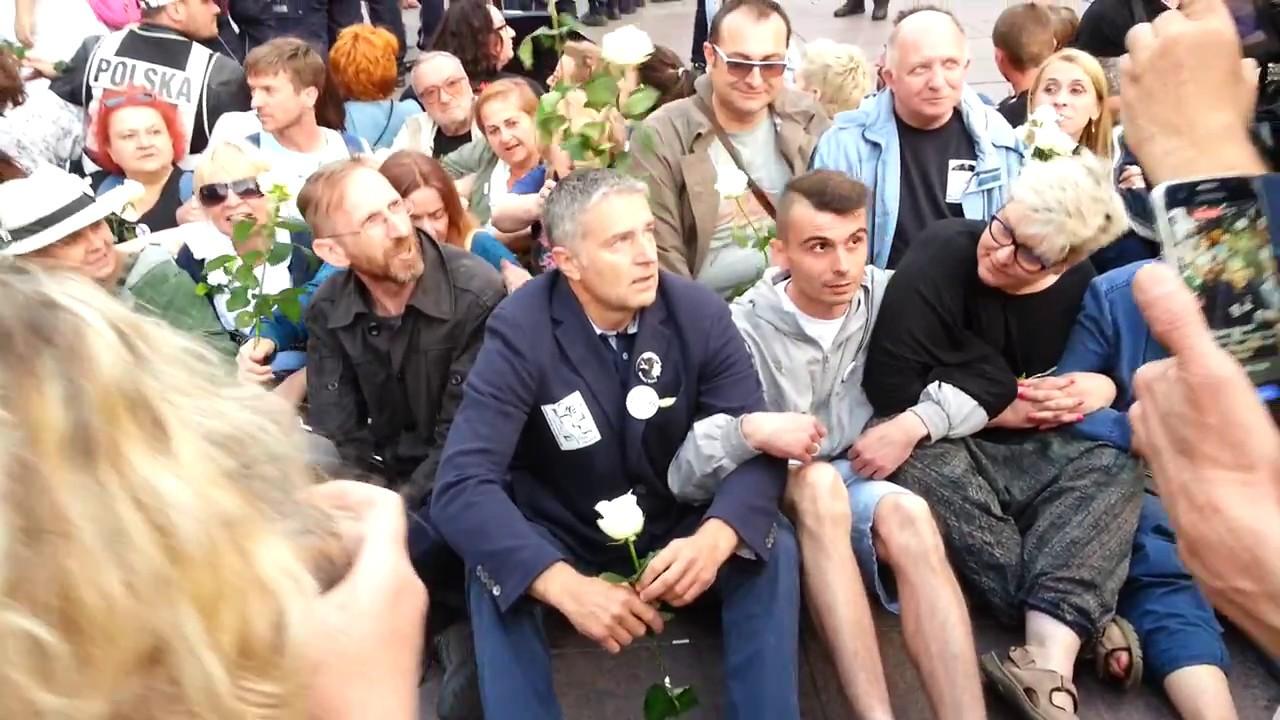 Frasyniuk na ziemi z Obywatelami RP. Szykuje się do blokady miesięcznicy smoleńskiej